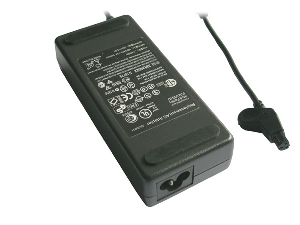 65W AC Adapter Latitude C-Series with UK Cable